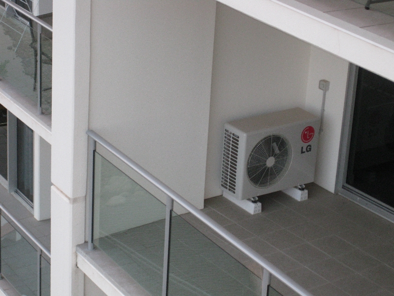 units apartments 5th star services air conditioning brisbane
